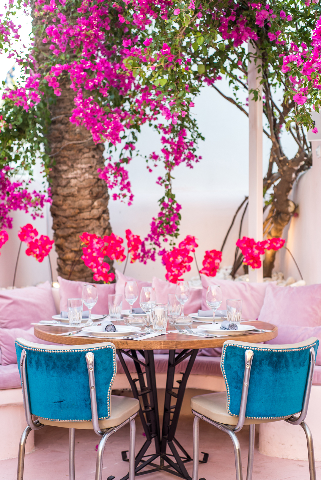 mykonos photographer chora artisanal mykonos restaurant private photographer #mykonosphotographer mykonosgreece #mykonosphotography lifestyle shooting portrait mykonos blogger photographer #bloggerphotographer mykonos food product photographer